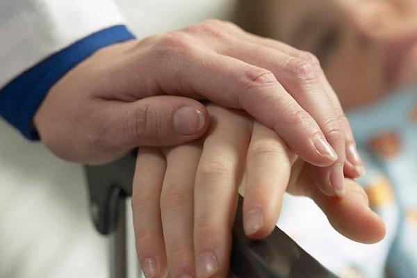 Движение «Милосердие» приглашает волонтёров для посещения одиноких престарелых пациентов в больнице