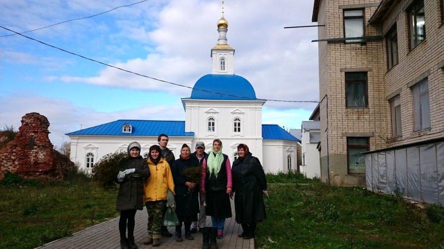 Православные добровольцы побывали в Спасо-Зеленогорском женском монастыре