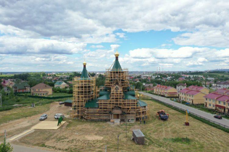 Просим помочь в покраске храма в Новинках!