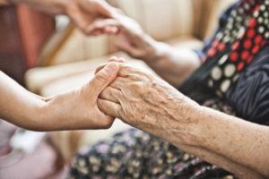 Просьба помочь одинокой пожилой женщине