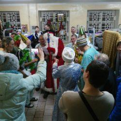 Поздравление бездомных людей с Рождеством Христовым